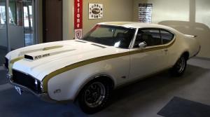 Hurst-Oldsmobile-455-Auto-Restoration-Hoods-etc-tucson